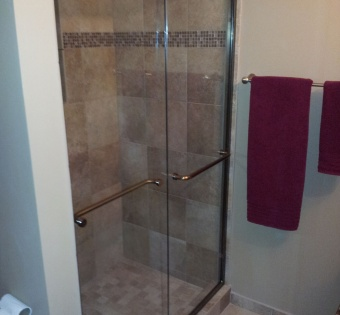 Semi-Frameless Shower Enclosure Minneapolis