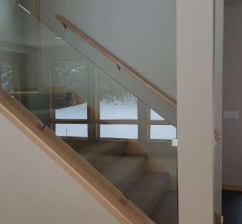 Custom Glass Railing Minneapolis, MN