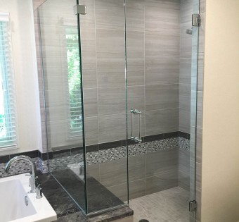 frameless-glass-shower-enclosures-minneapolis