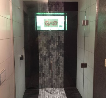 minnesota-custom-glass-shower-enclosure