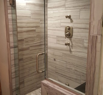 minnesota-frameless-glass-shower-enclosure