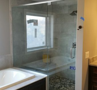 Custom-Frameless-Shower-Enclosures-Minneapolis