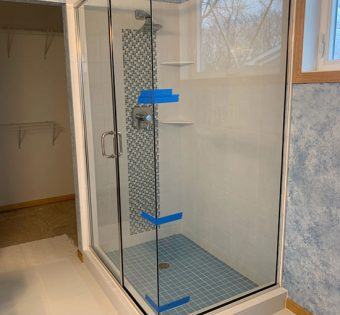 Stainless Steel Semi-framelss Shower